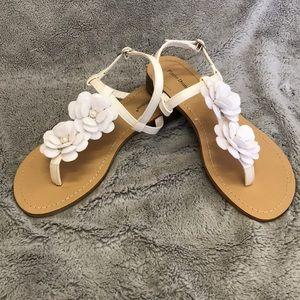 Pierra Dumas white sandals